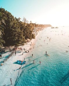 📍 Boracay Island, Aklan🇵🇭 | 📸 Photo by @szlrs 😉 Tag your travel buddies! Follow us @musttravelph and use the hashtag #musttravelph be featured! Like us on facebook fb.com/musttravelph. . . . High By The Beach, Philippine Holidays, Boracay Island, Travel Drawing, Vacation Resorts, Philippines Travel, Cebu, Travel Inspiration, Philippines