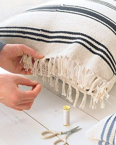 Rug Pillows I am sucker for fringe and tassels. I love Martha Stewarts Ikea rug/pillow hack.I am sucker for fringe and tassels. I love Martha Stewarts Ikea rug/pillow hack. Diy Projects To Try, Craft Projects, Sewing Projects, Craft Ideas, Fabric Crafts, Sewing Crafts, Diy Crafts, Wooden Crafts, Ikea Rug