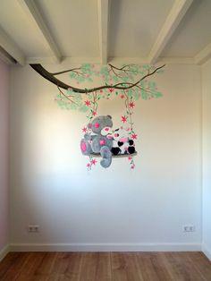 Wil je een mooie en originele kinderkamer muurschildering laten maken? Bekijk hier het uitgebreide portfolio van Saskia de Wit muurschilderingen!