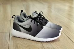 cheaper ac85a c715a NIKE Roshe One Print Cool Grey New Rosherun Running US EUR 43 ref 655206 015  in Sporting Goods, Tennis   Racquet Sports, Clothing, Shoes   Accessories