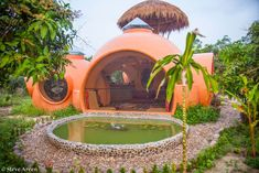 Building Earthen Dome Homes in 6 Weeks - DIY Old Abandoned Houses, Old Houses, Tiny Houses, Boutique Hotel Bedroom, Living Roofs, Old Mansions, Dome House, Fantasy House, Unusual Homes