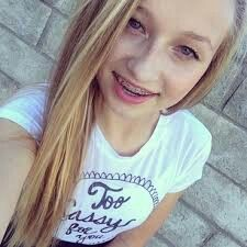 Cute look ssg arend Seven Super Girls, Supergirl, Youtubers, Thats Not My, At Least, T Shirts For Women, Random, Roxy, Angels