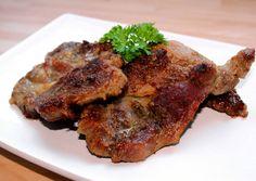 Sült tarja recept foto Hungarian Recipes, Hungarian Food, Steak, Bacon, Pork, Dishes, Cooking, Recipes, Kale Stir Fry