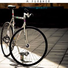 Urban Cycling, Urban Bike, Bici Fixed, Paint Bike, Classic Road Bike, Bicycle Types, Fixed Gear Bicycle, Bike Bag, Bicycle Girl