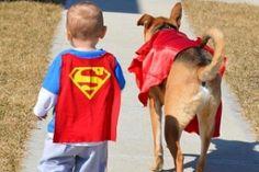 O bebê Toddley Carter e o seu cãozinho Toby, de Indianópolis, Indiana (EUA), desenvolveram uma amizade especial e se tornaram inseparáveis, tanto que os país de Toddley resolveram criar uma conta no Instagram para postar fotos dos momentos compartilhados pelo garoto e seu cão de estimação.