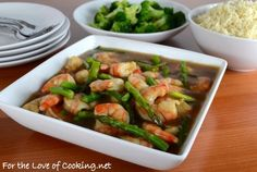 """<p><strong><a href=""""http://www.fortheloveofcooking.net/2013/09/asparagus-and-shrimp-stir-fry.html"""">SEE RECIPE HERE:Asparagus and Shrimp Stir Fry</a></strong></p>"""