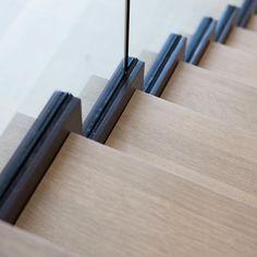 Contemporary interior architecture, beautiful precision #helengreendesign #interiorarchitecture #liveableluxury