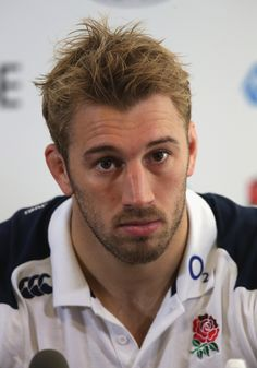 *So does Chris* Rugby Pictures, Funny Sports Pictures, Chris Robshaw, Women's Cycling Jersey, Cycling Jerseys, Hot Rugby Players, Mens Hairstyles Fade, Rugby Men, Scruffy Men