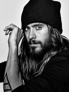 Breathtaking 35 Masculine Long Beards for Men from https://www.fashionetter.com/2017/06/02/35-masculine-long-beards-men/