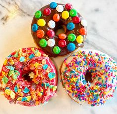 "119 Likes, 2 Comments - poqetDONUTS (@poqetdonuts) on Instagram: ""The sun is finally shining! Time to celebrate with donuts! #instafood #poqetdonuts #gourmetdonuts…"""