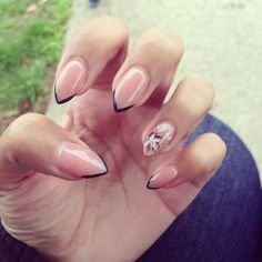 Simple pointy nail design