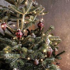 Julgranskulor i vackra former. Välkommen att se mer i webbutiken  WWW.RUSTIKTOCHFINT aaf91df715ff6