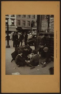 Recreation and hobbies - Card players - [Lower east side.]