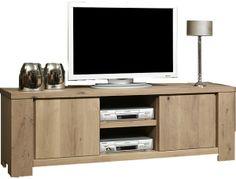 Dat mooi wonen en het beste kijk- en luisterplezier samen kunnen gaan, ziet u aan onze uitgebreide collectie tv/audio meubelen. Of u nu een tv dressoir, tv wandmeubel of tv kast zoekt, u vindt het allemaal in onze woonwinkel.  In ons assortiment vindt u onder andere landelijke, moderne en klassieke en eiken tv meubelen.  Natuurlijk kunnen wij van ULVENHOUT wooncenter ook een tv meubel op maat maken dat geheel in uw interieur past en helemaal naar wens wordt gemaakt.