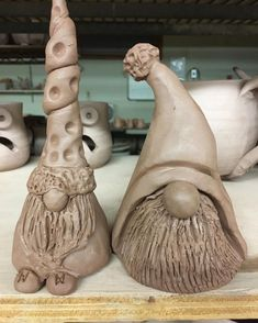 Gnome the night away ! Getting these guys ready for the gnome world . Gnome the night away ! Getting these guys ready for the gnome world … # Ceramics Projects, Clay Projects, Clay Crafts, Hand Built Pottery, Slab Pottery, Pottery Store, Pottery Classes, Pottery Sculpture, Paperclay