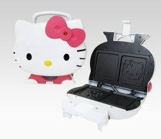 Hello Kitty Sandwich Maker - yum! hello-kitty-home