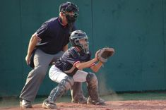 5 Baseball Catching Drills for 8 Year Olds - Baseball Boom Baseball Training, Sports Training, Baseball Games, Wild Pitch, Softball Drills, Softball Catcher, Team Player, 8 Year Olds, Kids Sports