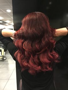 #redhead #redhair #balayage #extensions #greatlenghts #longhair #winered #waves #shine #haircolor #hairstyles #hairstyles2017 #haarvisie #haarvisierijswijk Balayage Extensions, Top Stylist, Haircolor, Latest Fashion Trends, Hair Ideas, Bond, Hair Care, Stylists, Waves