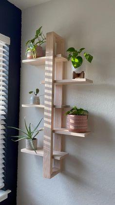 Diy Crafts For Home Decor, Easy Home Decor, Diy Wall Decor, Bedroom Decor, Home Decor Ideas, Diy Living Room Decor, Plant Shelves, Home Decor Shelves, Bedroom Shelves