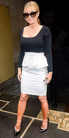 Gallery: Hot Holiday Looks to Steal http://www.peoplestylewatch.com/people/stylewatch/gallery/0,,20651756,00.html#21254405