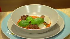 Recept od Rusinu a Sedláka. Serving Bowls, Beef, Tableware, Kitchen, Food, Meat, Dinnerware, Cooking, Tablewares