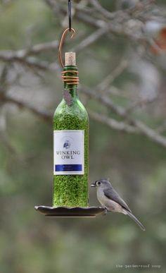 Wine Bottle DIY Crafts - Wine Bottle Bird Feeder  - Projects for Lights, Decoration, Gift Ideas, Wedding, Christmas. Easy Cut Glass Ideas for Home Decor on Pinterest http://diyjoy.com/wine-bottle-crafts