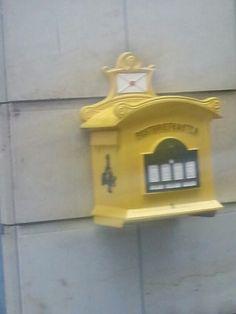Historischer briefkasten in Dresden