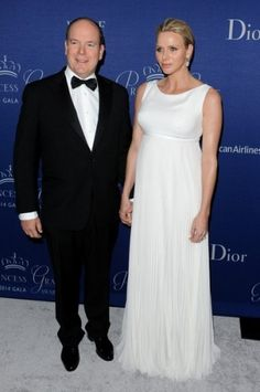 Noblesse et Royautés:  Prince Albert and Princess Charlene attended a gala dinner for the Princess Grace Foundation at the Beverly Wiltshire Hotel, Beverly Hills, October 8, 2014
