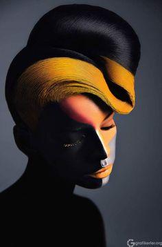 Veronica Azaryan'ın Usta Makyaj Sanatı - Grafikerler.org