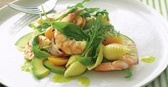 Fresh, juicy prawns are tossed with creamy avocado, rocket and shell pasta to create this beautiful fresh Summer salad in no time at all. Avocado Pasta, Fresh Avocado, Fresh Basil, Avocado Oil, Summer Dishes, Summer Salads, Prawn Pasta, Stuffed Pasta Shells, Gourmet