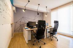 Cum arată un birou bucureștean în care eficiența face echipă bună cu relaxarea - Designist