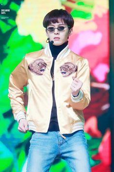 Btob Changsub, Im Hyunsik, Yook Sungjae, Lee Minhyuk, How To Speak Chinese, Wtf Face, Cube Entertainment, Stand By Me, Kpop
