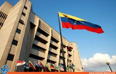 """A helicopter has dropped grenades on Venezuela's Supreme Court in what President Nicolás Maduro called a """"terrorist attack"""". Footage on social media Open Fires, Supreme Court, House Design, Building, Outdoor Decor, Home, Twitter, News, Emilio"""
