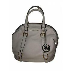 * * * Michael Kors Ledertasche offwhite * * * Clutch, Off White, Michael Kors, Fashion, Leather Bag, Hand Bags, Moda, Fashion Styles, Fashion Illustrations