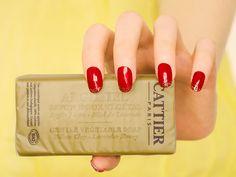 Savon doux végétal purifiant à l'argile jaune et au miel - Argimiel de Cattier  #blog #beaute #soin #visage #acne #peau #grasse #mixte #imperfections #boutons #points #noirs #comedons #pores #dilates #bio #naturel #savon #doux #nettoyant #purifiant #cattier #argile #jaune #miel #lavande #argimiel http://mamzelleboom.com/2014/09/30/savon-nettoyant-purifiant-reequilibrant-visage-bio-argile-verte-jaune-blanche-alargirl-argimiel-cattier-peau-mixte-grasse-imperfections-acne/