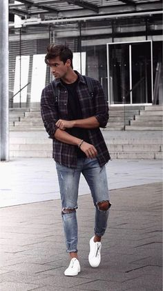 17 Inspiring Spring Street Style Outfits Ideas For Mens - Fashionable - Mens fashion summer - Source by clothes ideas casual Casual Outfit Men, Black Outfit Men, Fashion Casual, Trend Fashion, Outfit Jeans, Men Casual, Fashion Styles, Fashion Men, Fashion Boots