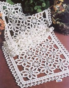 Filet Crochet Table Runner patterns - HASS DESIGN CROCHET