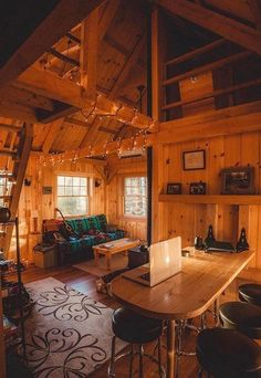 Architecture – Enjoy the Great Outdoors! Tiny House Cabin, Cabin Homes, Log Homes, Cozy House, Cabin Design, Home Design, Log Cabin Living, Cabins And Cottages, Log Cabins