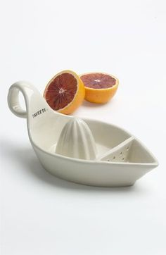 Rae Dunn by Magenta Squeeze Juicer available at Pottery Lessons, Pottery Classes, Ceramics Projects, Clay Projects, Ceramic Pottery, Ceramic Art, Slab Pottery, Ceramic Bowls, Citrus Juicer