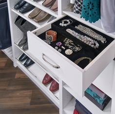 Do you have a lot of fashion accessories? Your closet probably could use a few accessories of its own to help you organize all those handbags, shoes and belts – not to mention all your jewelry! Get tips on the best storage products on our blog. #BedroomCloset #DIYCloset #ClosetDesign