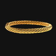 18K Yellow Gold Hinged Bangle Bracelet with Twisted Rope Design. Width 6.7mm