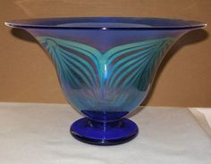 SUPERLATIVE Amazing IRIDESCENT Color CHANGING Glass VASE or BOWL Pulled Feathers
