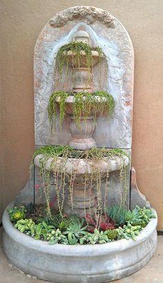 Succulent Fountain ABC das Suculentas: Fontes
