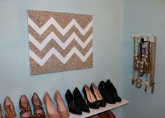 DIY Glittered Chevron Art. Cute, and I want all those shoes.
