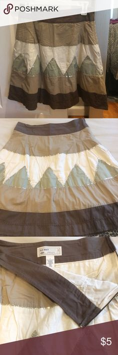 Old Navy High-Waist Skirt Old Navy high-waist skirt with sequined detailing, fully lined, size 4, all sequins are intact, 14 inch flat waist, skirt measures 21.5 inches in length from top of waist to bottom, side zip closure Old Navy Skirts