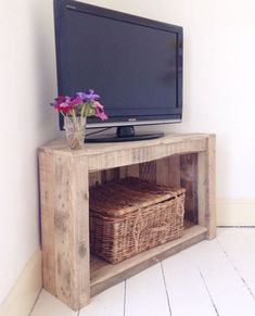 Reclaimed and Recycled Wood Rustic Corner Table / TV Stand mad Small Tv Stand, Diy Tv Stand, Stand Tall, Tv Stand And Coffee Table, Bedroom Tv Stand, Corner Tv Stands, Corner Tv Stand Rustic, Corner Tv Stand Ideas, Tv Stand Plans
