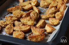 Křupavé strouhankové brambory z plechu