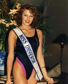 Mona Grudt - Norway - Miss Universe 1990