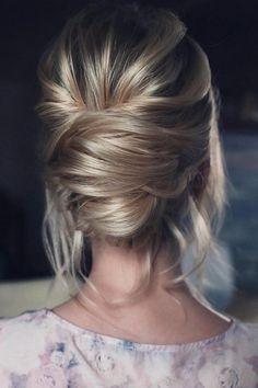 15 Stunning Low Bun Updo Wedding Hairstyles from Tonyastylist - EmmaLovesWeddings Wedding Hairstyles For Women, Vintage Hairstyles, Braided Hairstyles, Updos Hairstyle, Teenage Hairstyles, Beautiful Hairstyles, Hair Updo, Layered Hairstyles, Medium Hairstyles