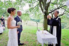 KYTICE S PŘÍBĚHEM - Galerie Lace Wedding, Wedding Dresses, Fashion, Bride Dresses, Moda, Bridal Gowns, Fashion Styles, Wedding Dressses